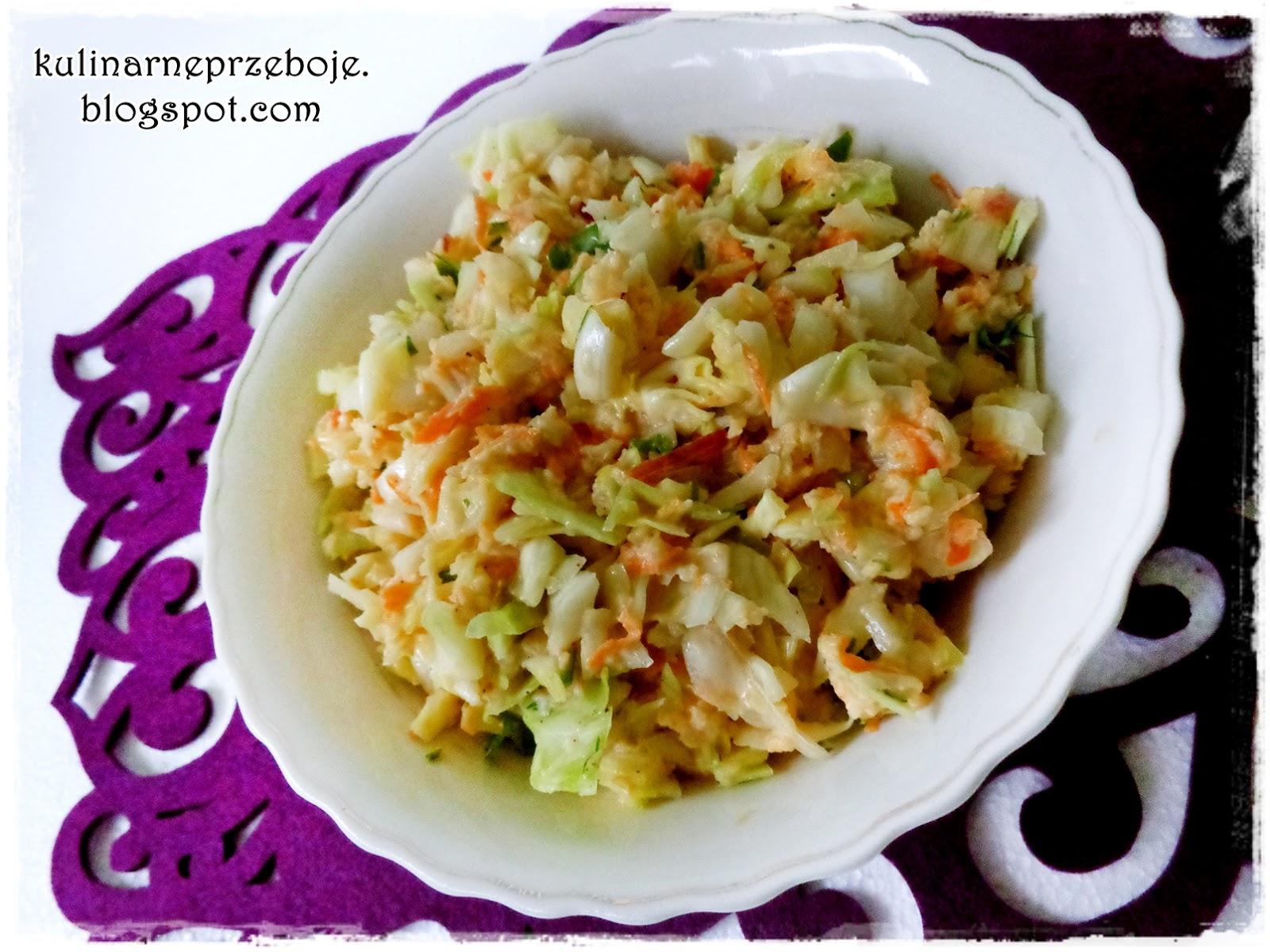 Surówka z białej kapusty z sosem jogurtowo-musztardowym / surówka Coleslaw