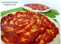 Domowa pizza: Puszysta pizza – przepis na ciasto na puszystą pizzę jak z pizzerii