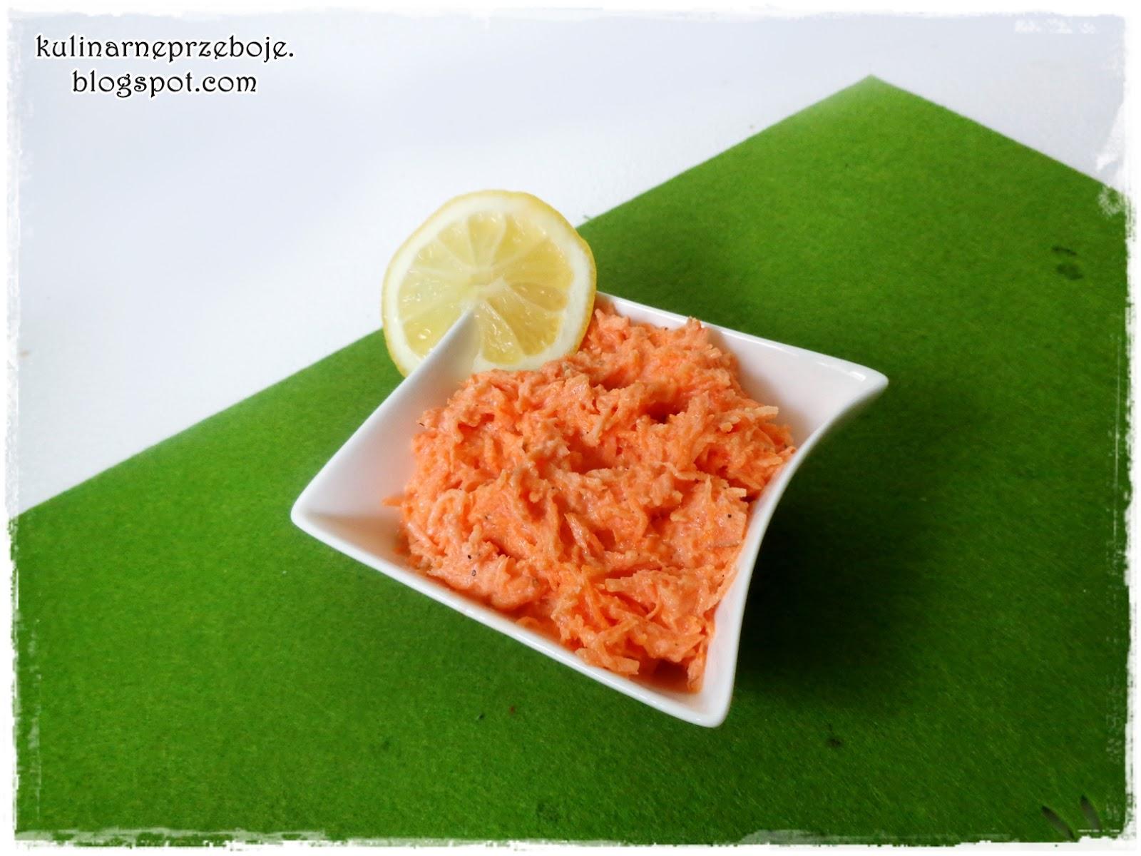 Surówka z marchewki i jogurtu naturalnego