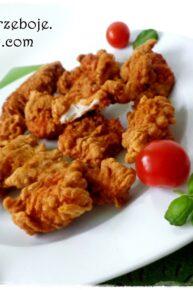 Stripsy KFC , czyli piersi w chrupiącej panierce