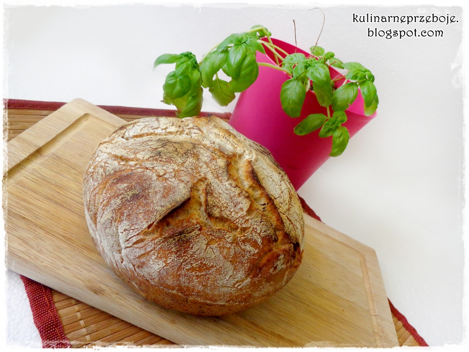 Przepyszny domowy chleb pszenny