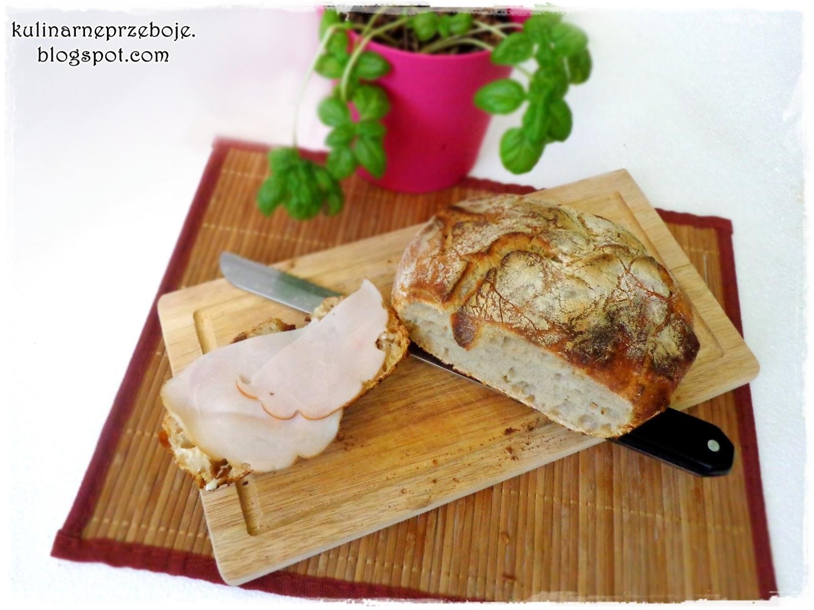 Domowy chleb pszenny z szynką