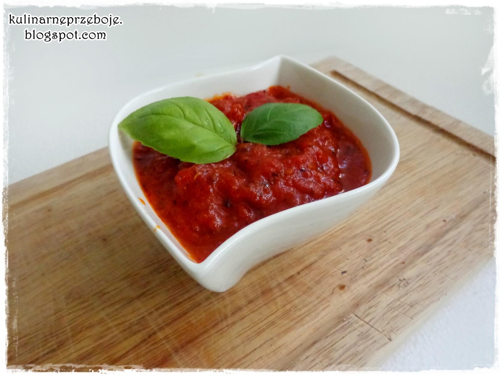 Sos do pizzy (i nie tylko) z pomidorów w puszce