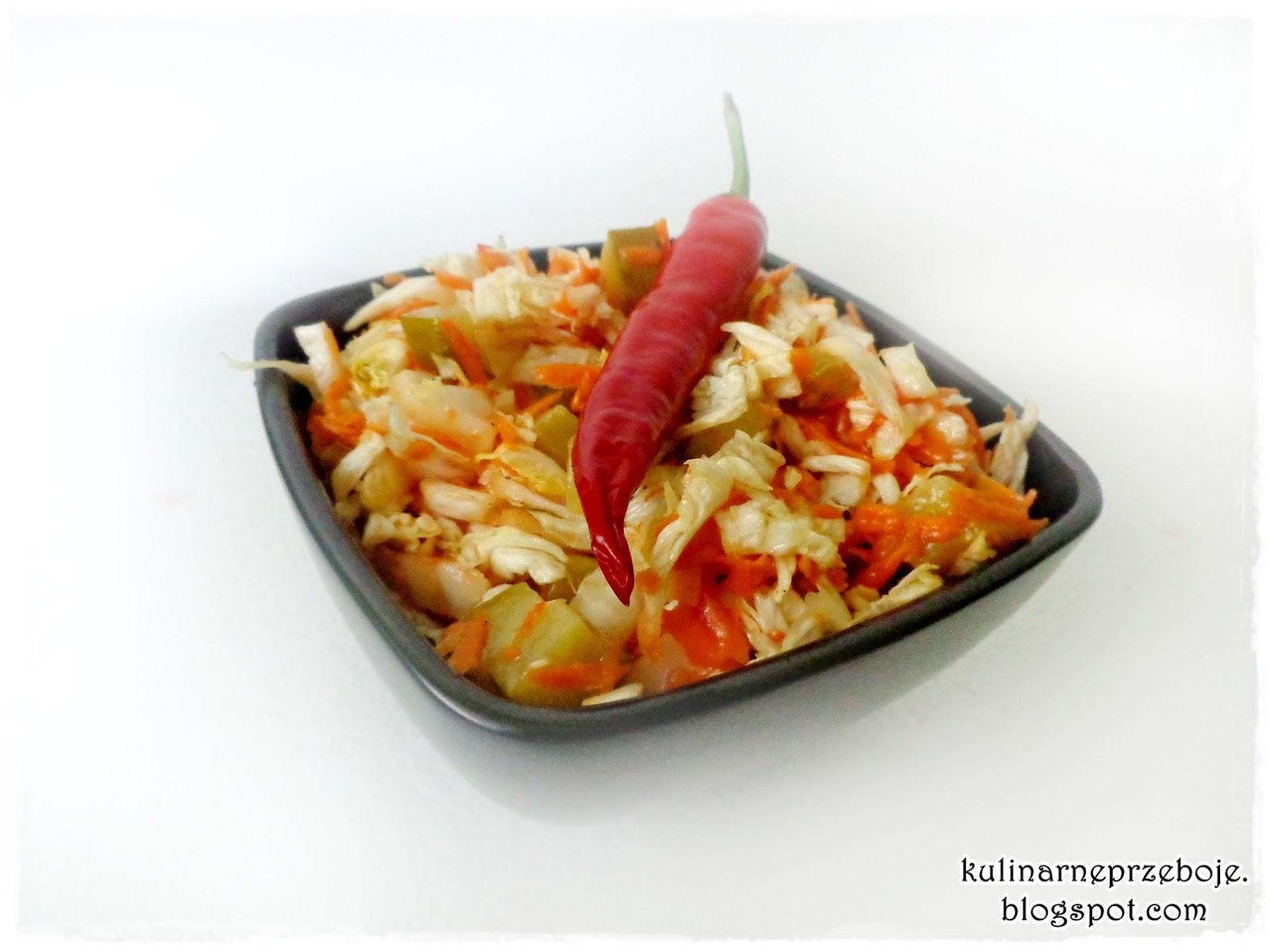 Słodko-pikantna surówka z kapusty pekińskiej