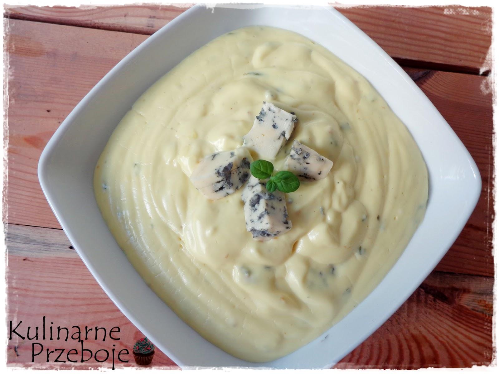 Sos serowy z serków topionych i sera pleśniowego