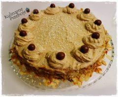 Tort cappuccino z białą czekoladą i likierem kawowym