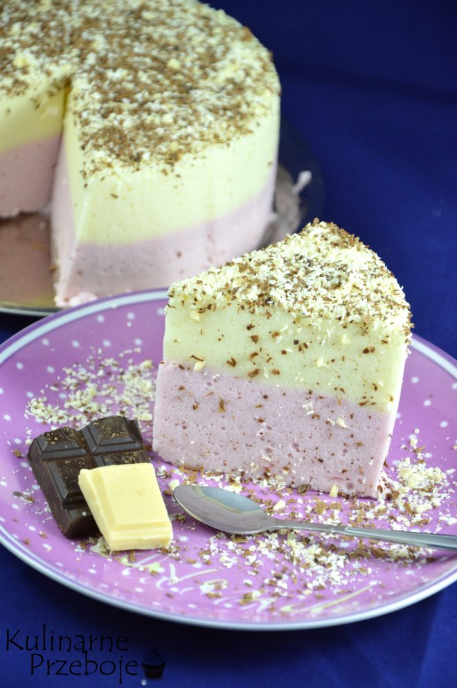 Przepyszna, słodka pianka wiśniowo-cytrynowa z białą i czarną czekoladą
