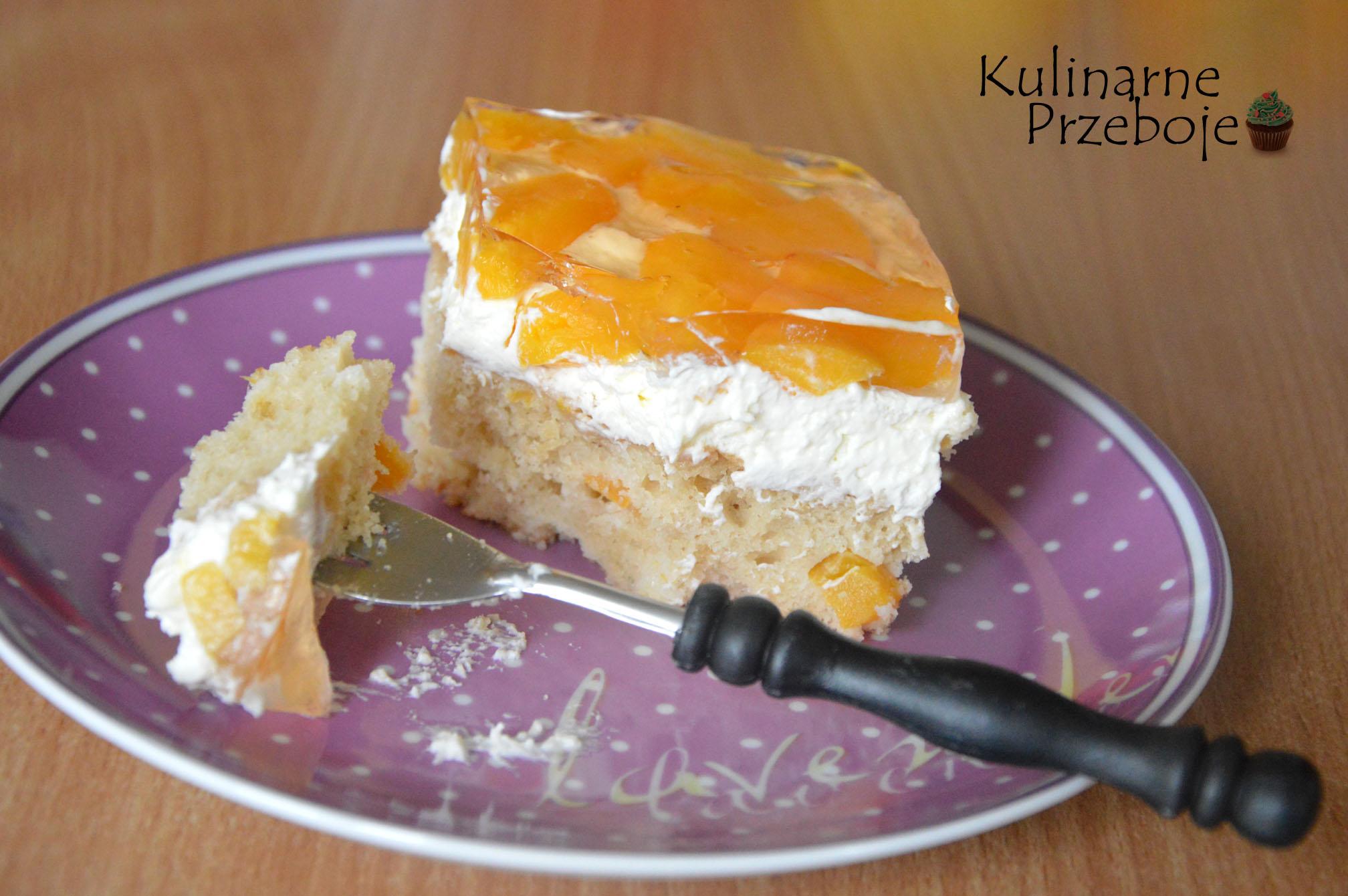 ciasto brzoskwiniowe z kremem