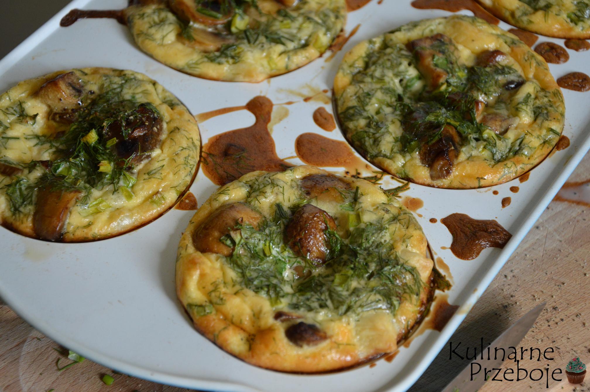 francuskie babeczki z pieczarkami