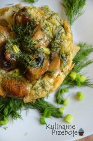 Francuskie babeczki jajeczne z pieczarkami