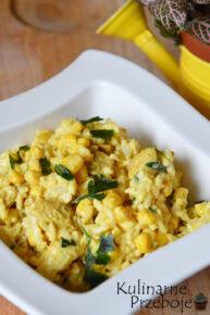 Sałatka ryżowa z curry i kurczakiem