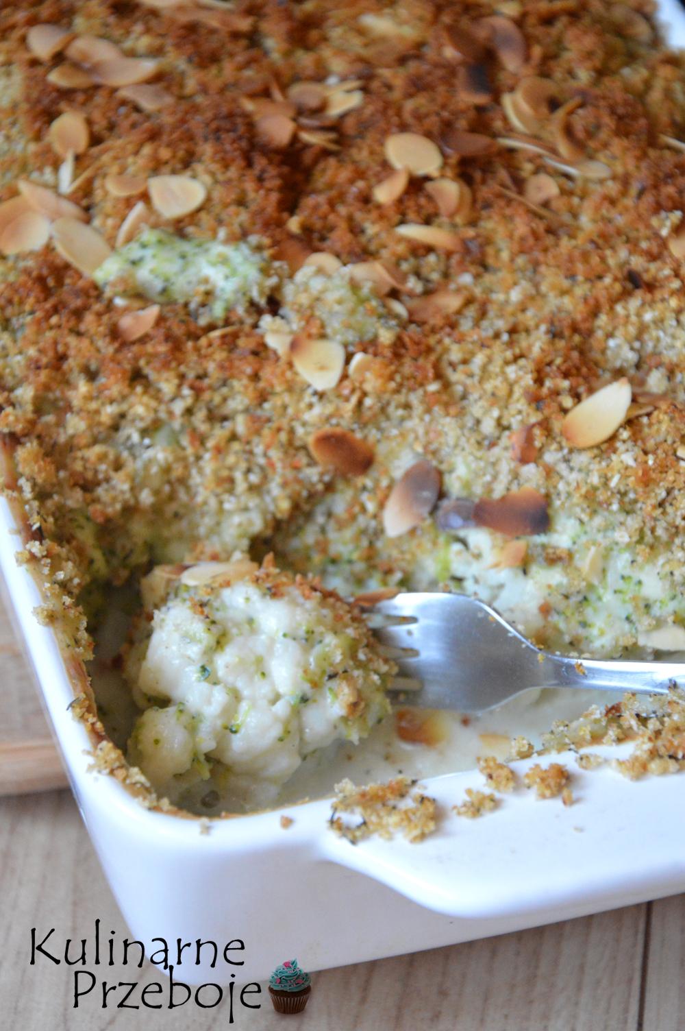 kalafior zapiekany pod brokułowym beszamelem