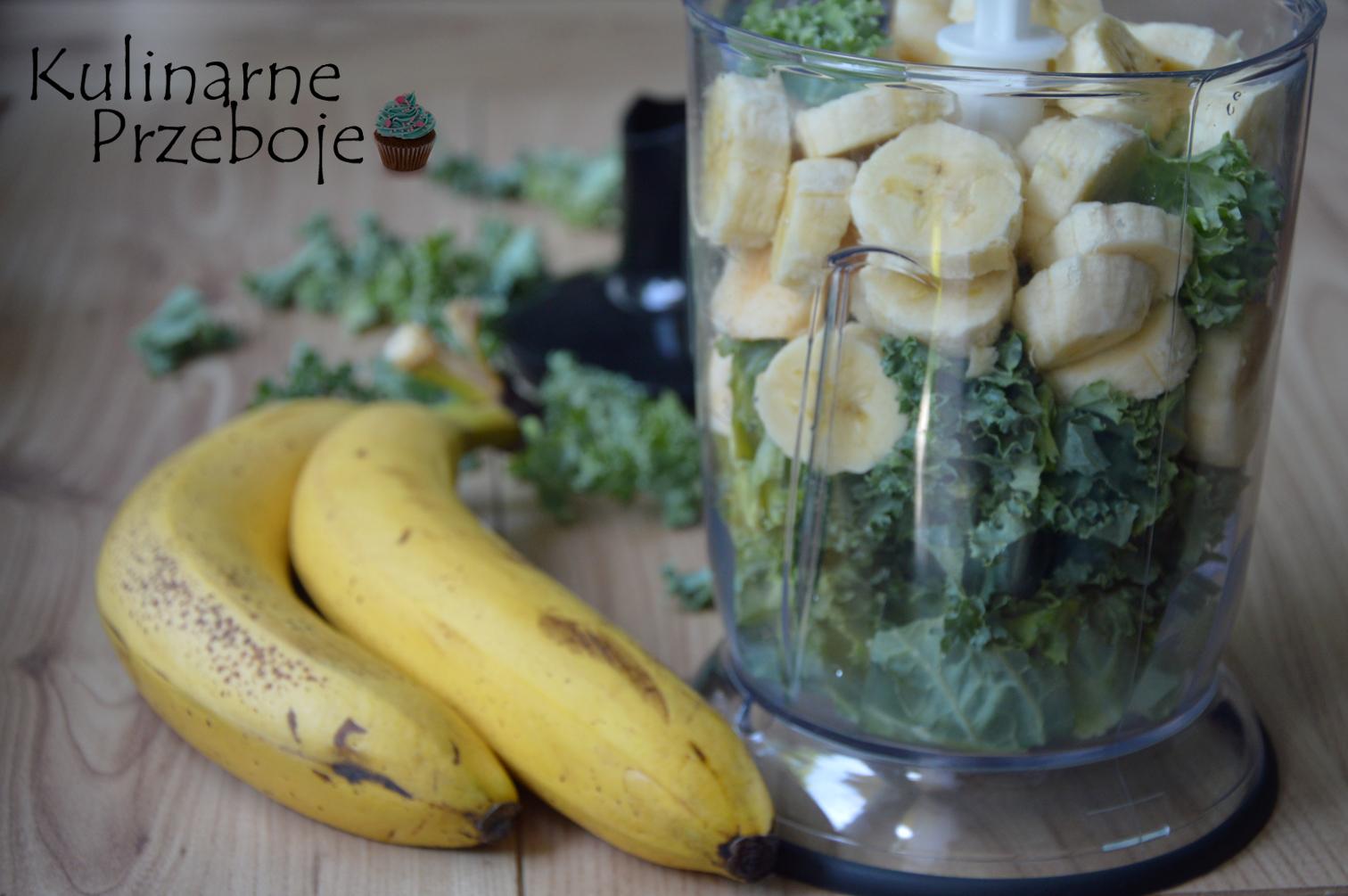 Koktajl z jarmużu, banana i jabłka