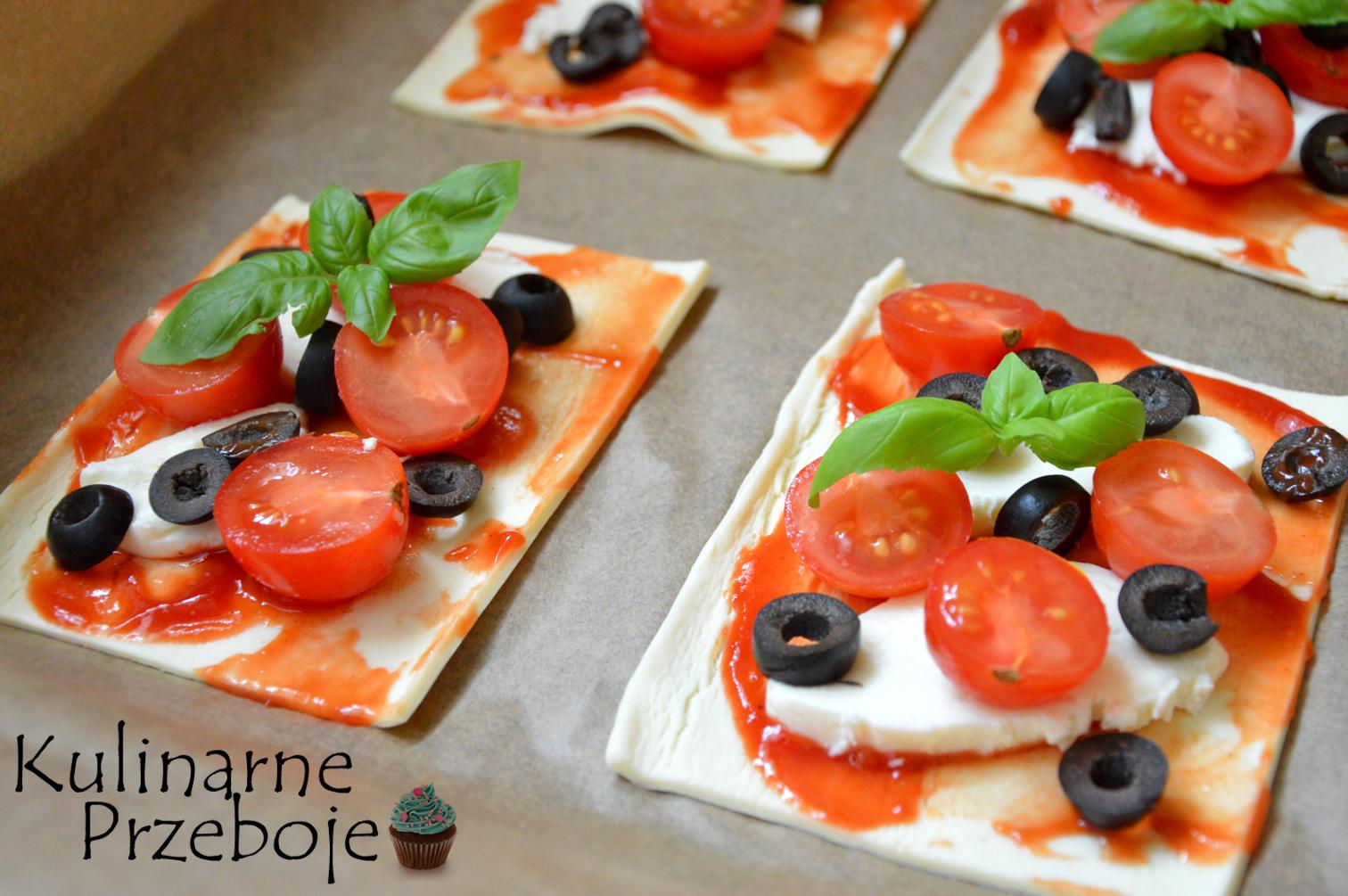 Pizzerinki z ciasta francuskiego - przygotowanie