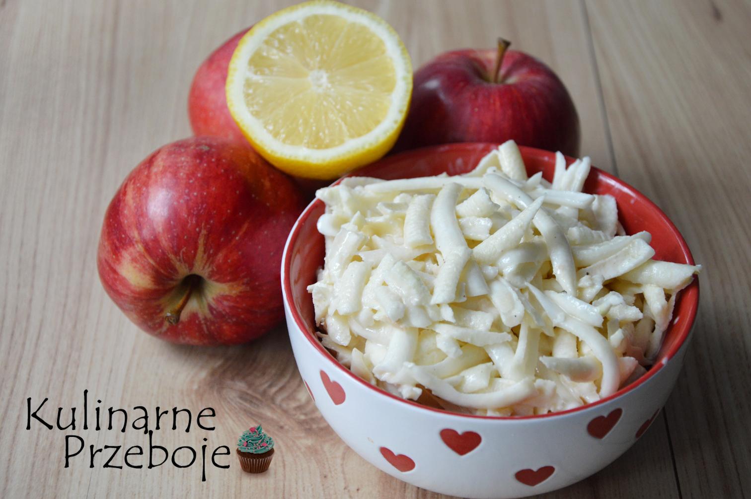 Prosta i szybka surówka do obiadu z selera i jabłka.