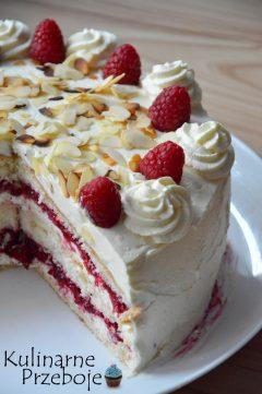 Śmietankowy, pyszny tort malinowa rozkosz