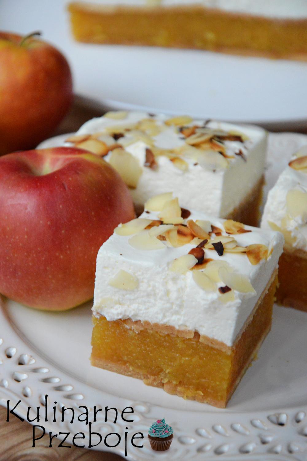 Szarlotka, ciasto bez pieczenia na herbatnikach