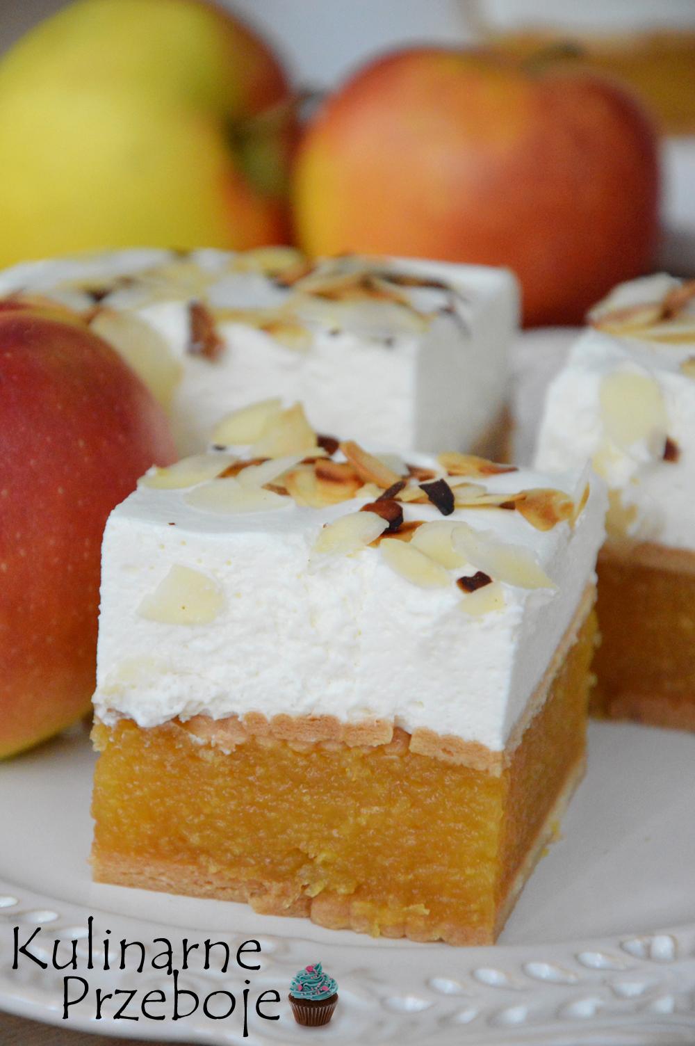 Ciasto bez pieczenia na herbatnikach z jabłkami