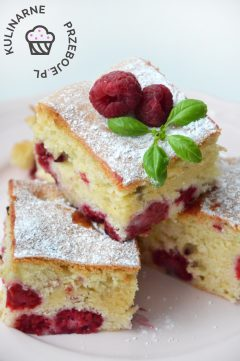 Przepyszne domowe ciasto z malinami