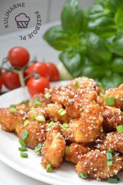 Pyszna przekąska na imprezę - chrupiący kurczak miodowo-czosnkowy