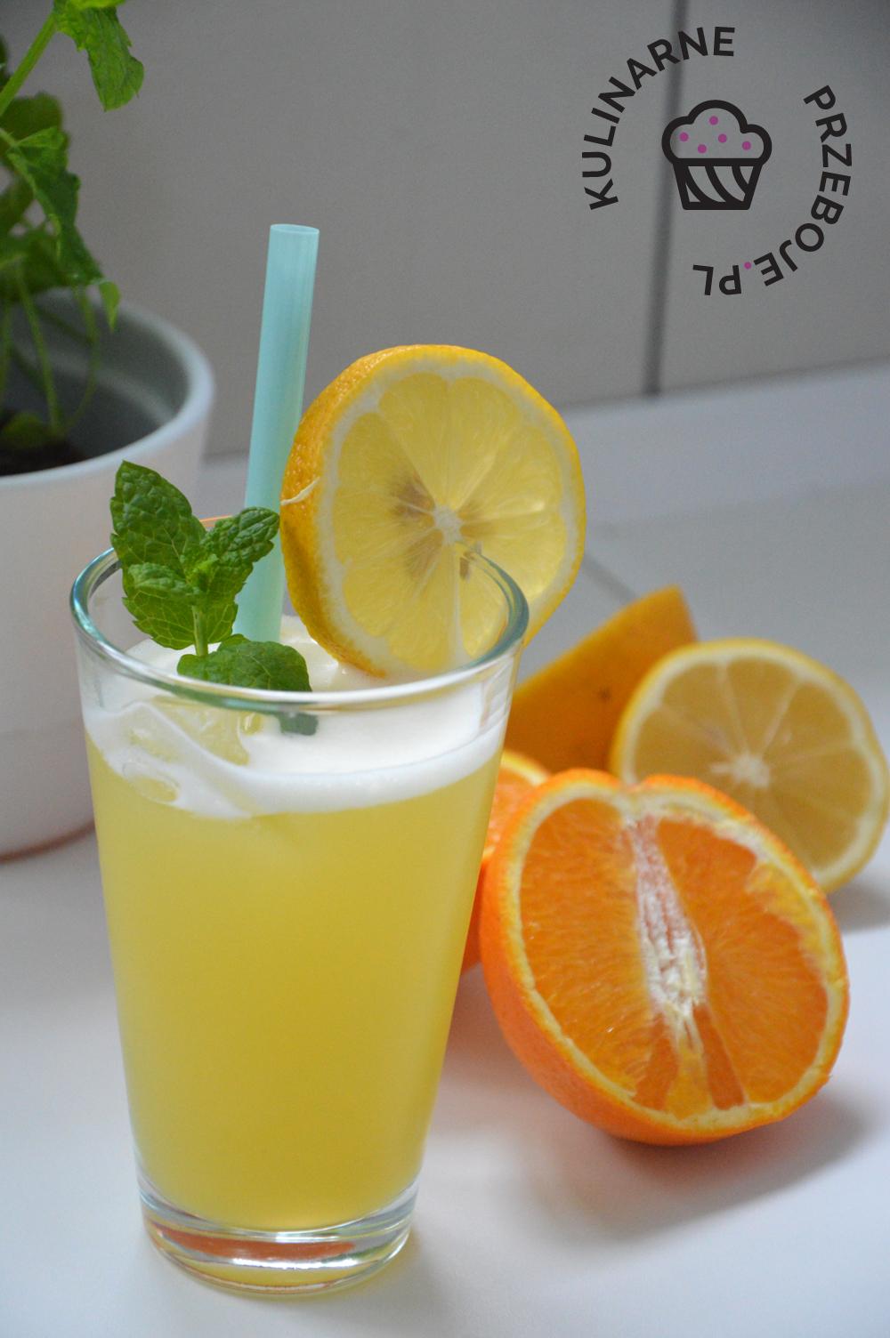 Drink Karaibska Noc z sokiem pomarańczowym i ananasowym