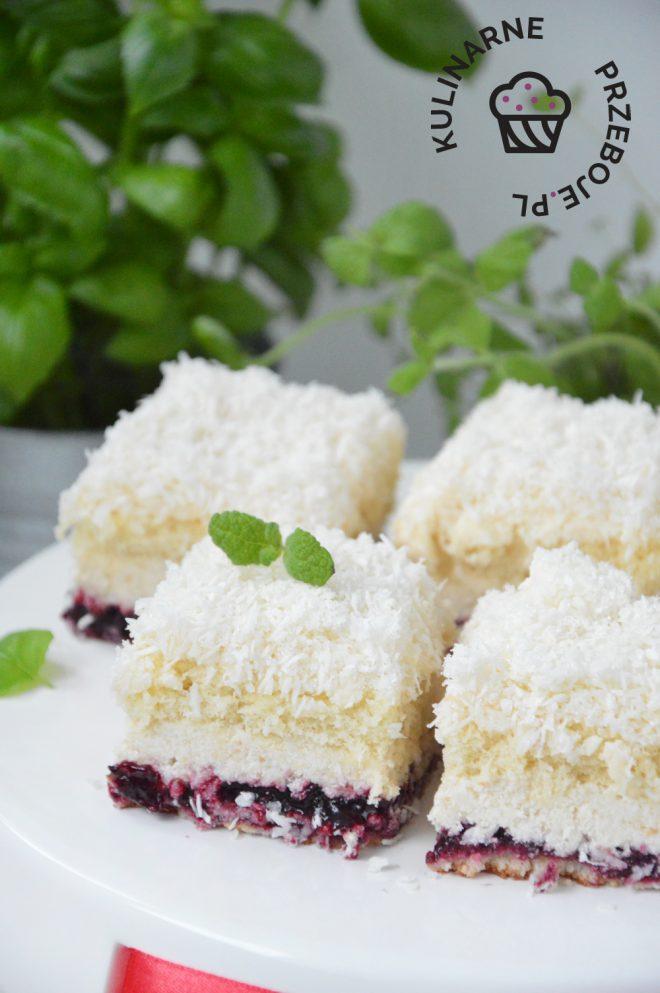 ciasto łabędzi puch z wiórkami kokosowymi