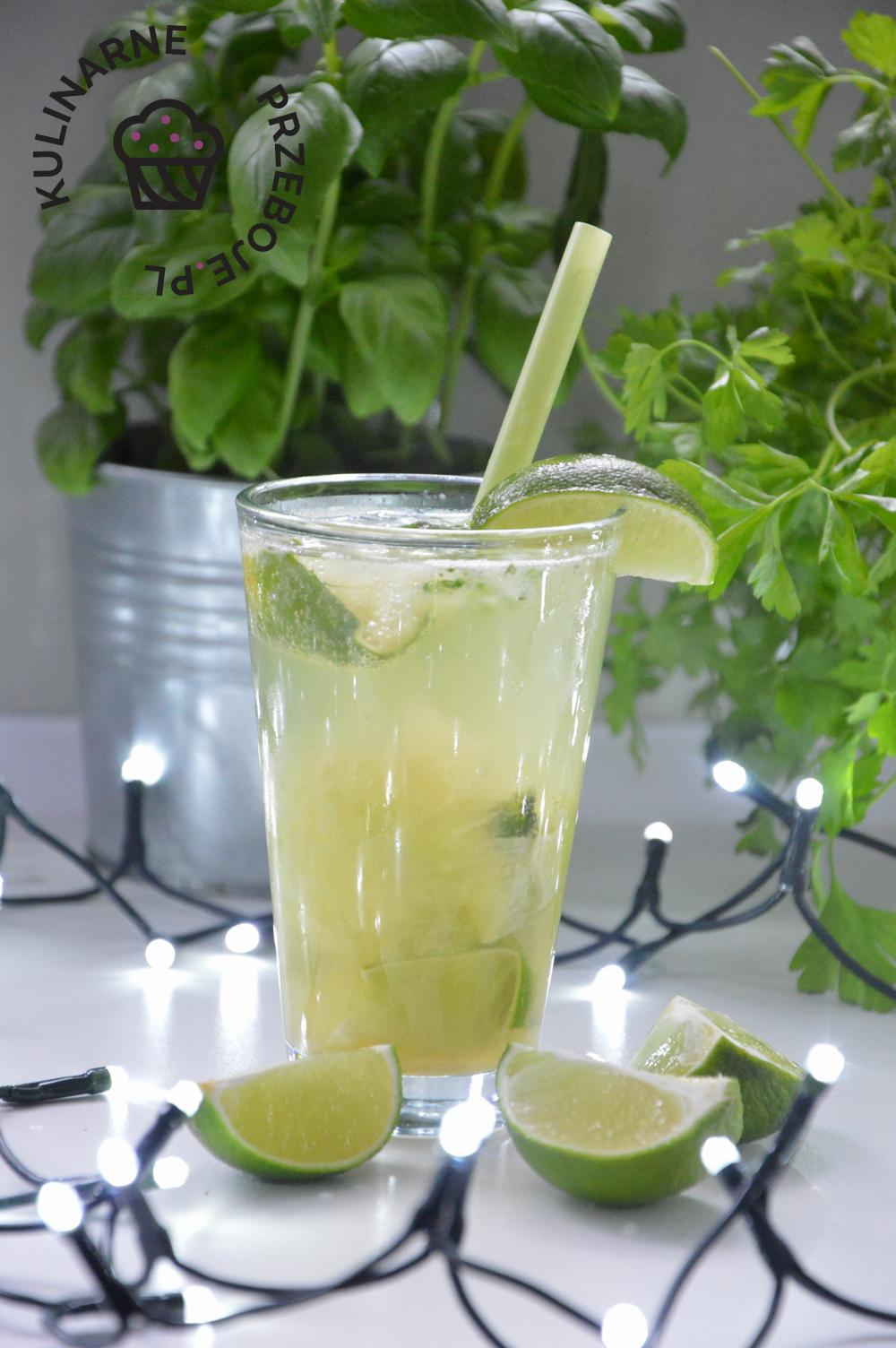 drink Mohito z rumem
