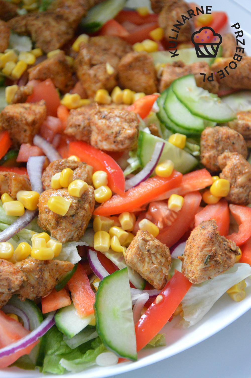 sałatka kebabowa z kurczakiem