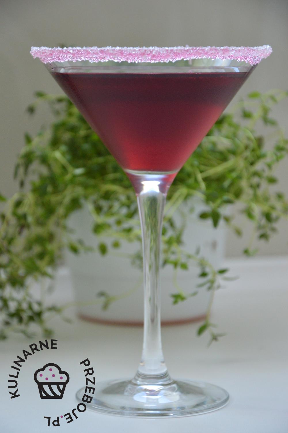 Drink wiśniowa poezja z białym rumem