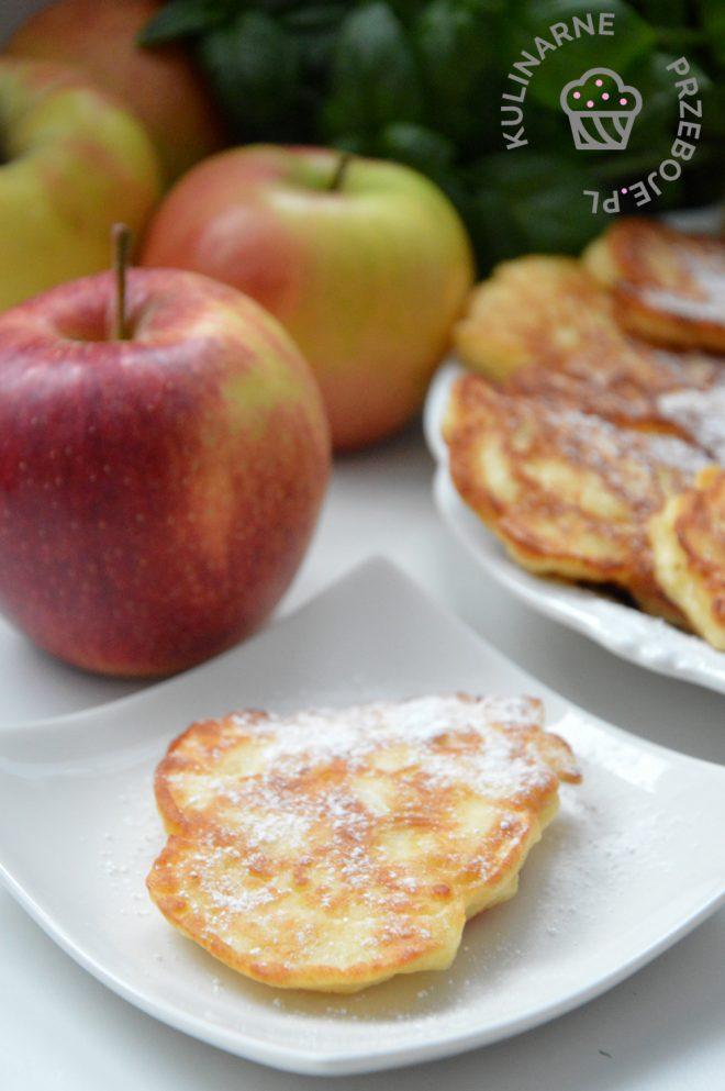 placuszki serowe z jabłkami