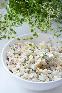 prosta sałatka z selerem konserwowym i szynką