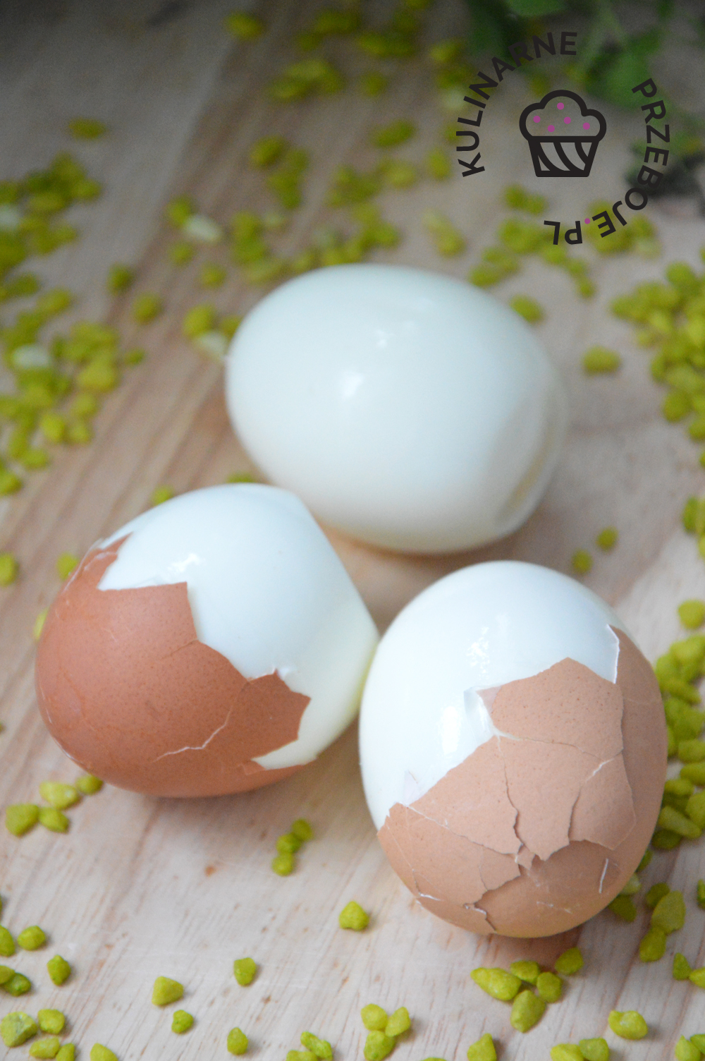 jak szybko i ładnie obrać jajka