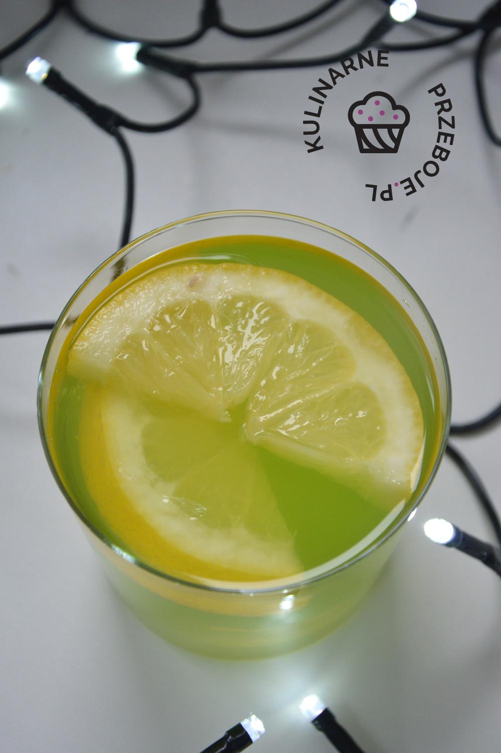 drink z wódką i sokiem z kaktusa