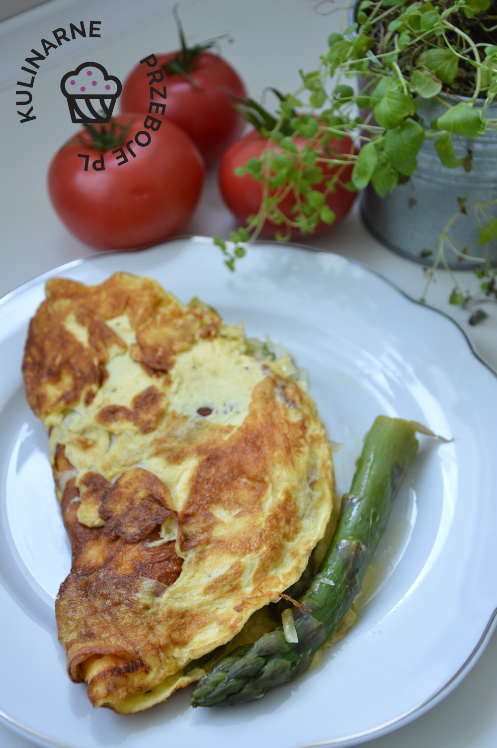 omlet ze szparagami zielonymi