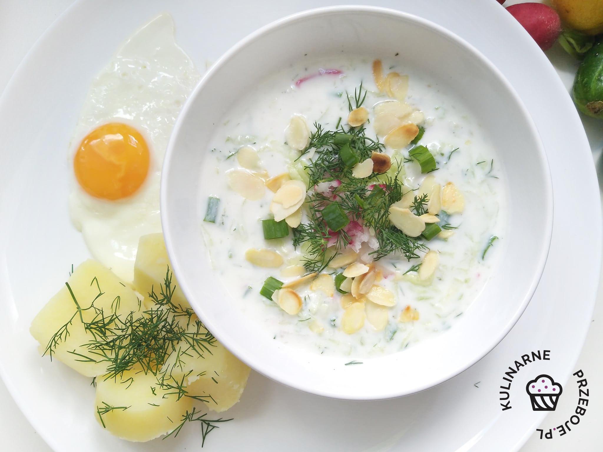 chłodnik z młodymi ziemniakami i jajkiem sadzonym - dieta cukrzycowa