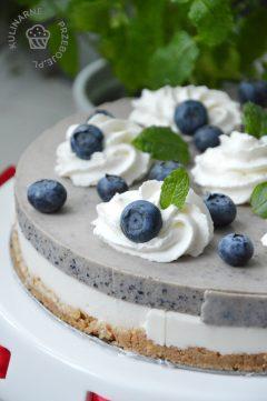 ciasto bez pieczenia z borówkami