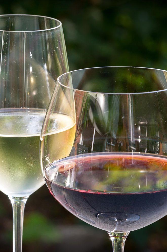 Jakie wino podać do jedzenia?