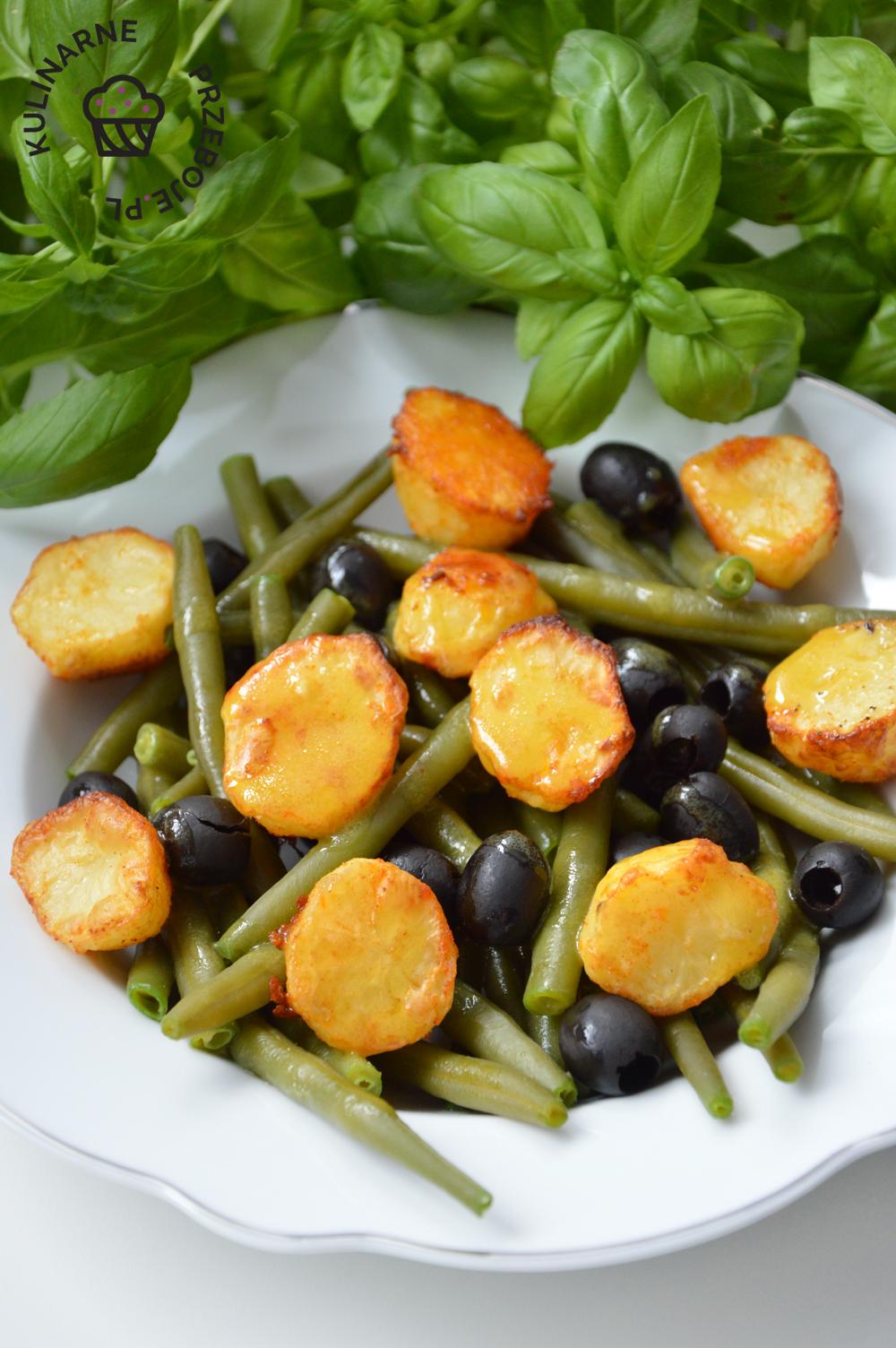 fasolka szparagowa z pieczonymi ziemniakami