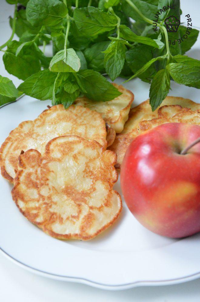 placki z jabłkami na kefirze
