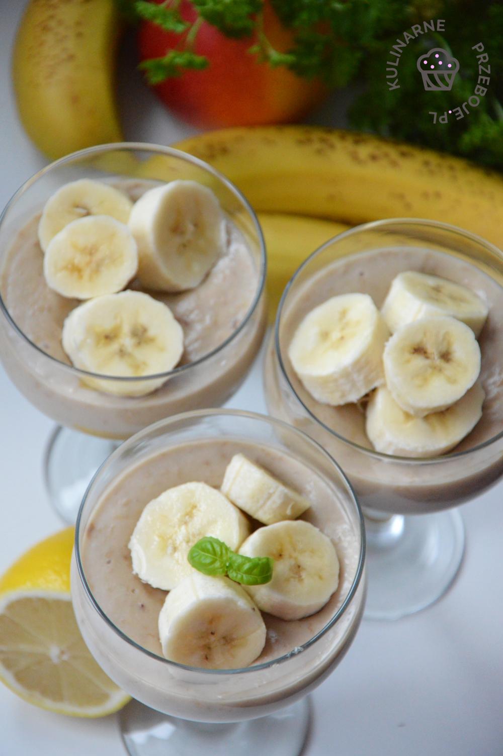deser z bananami