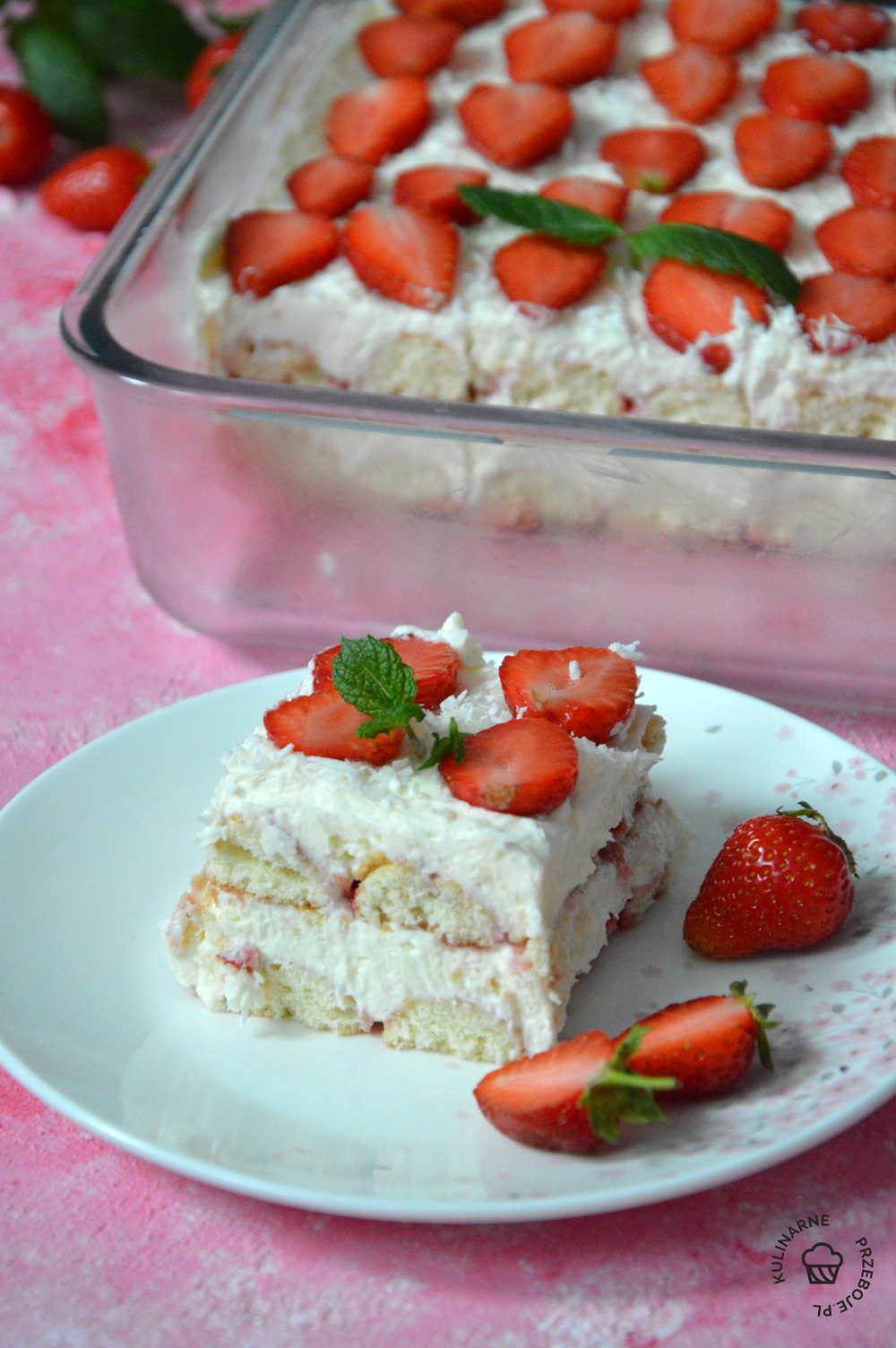 ciasto bez pieczenia z truskawkami przepis