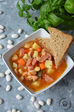 zupa fasolowa przepis