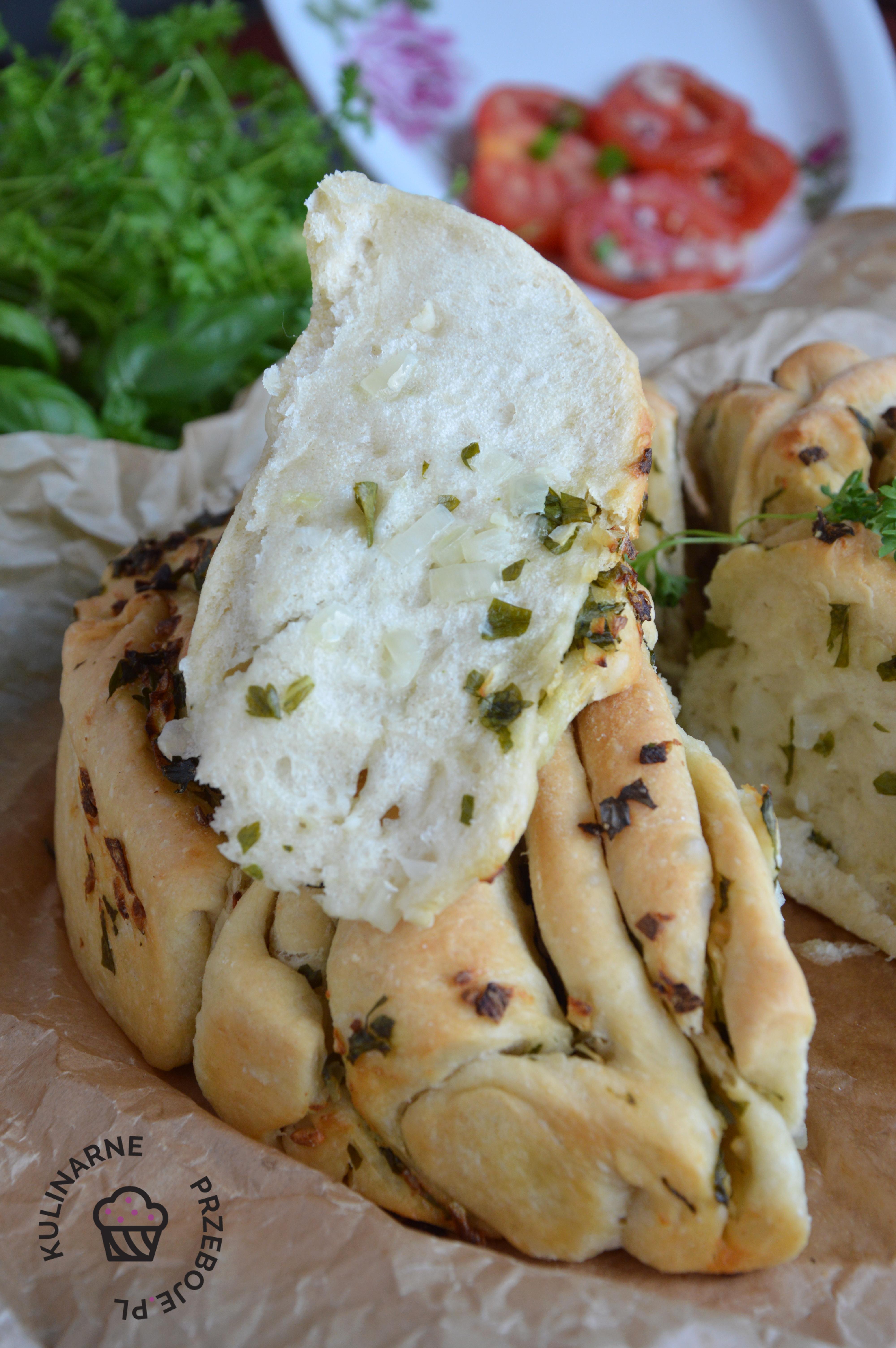 chlebek ziołowy rwany przepis