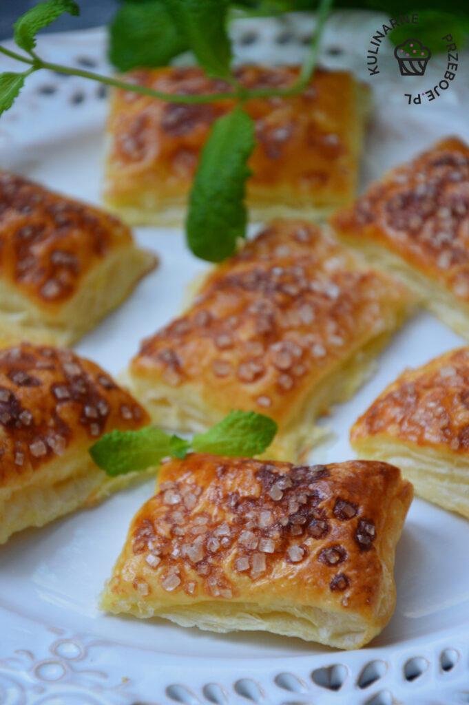 ciastka francuskie z cukrem