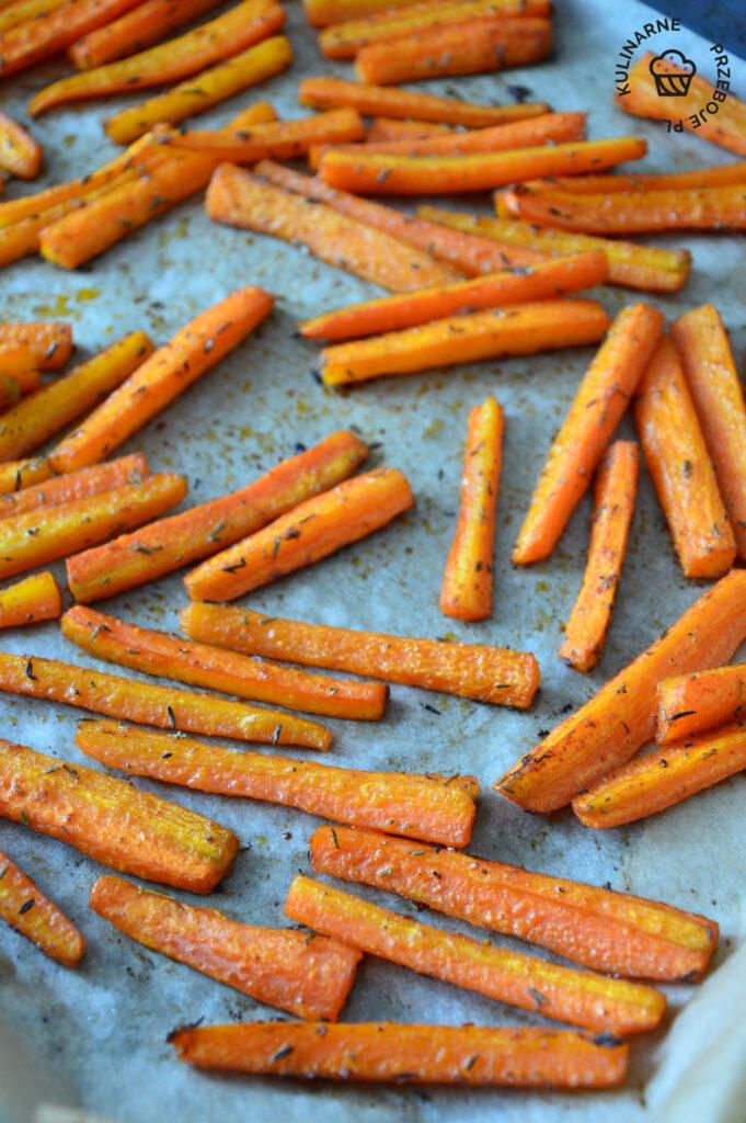 frytki z marchewki z piekarnika