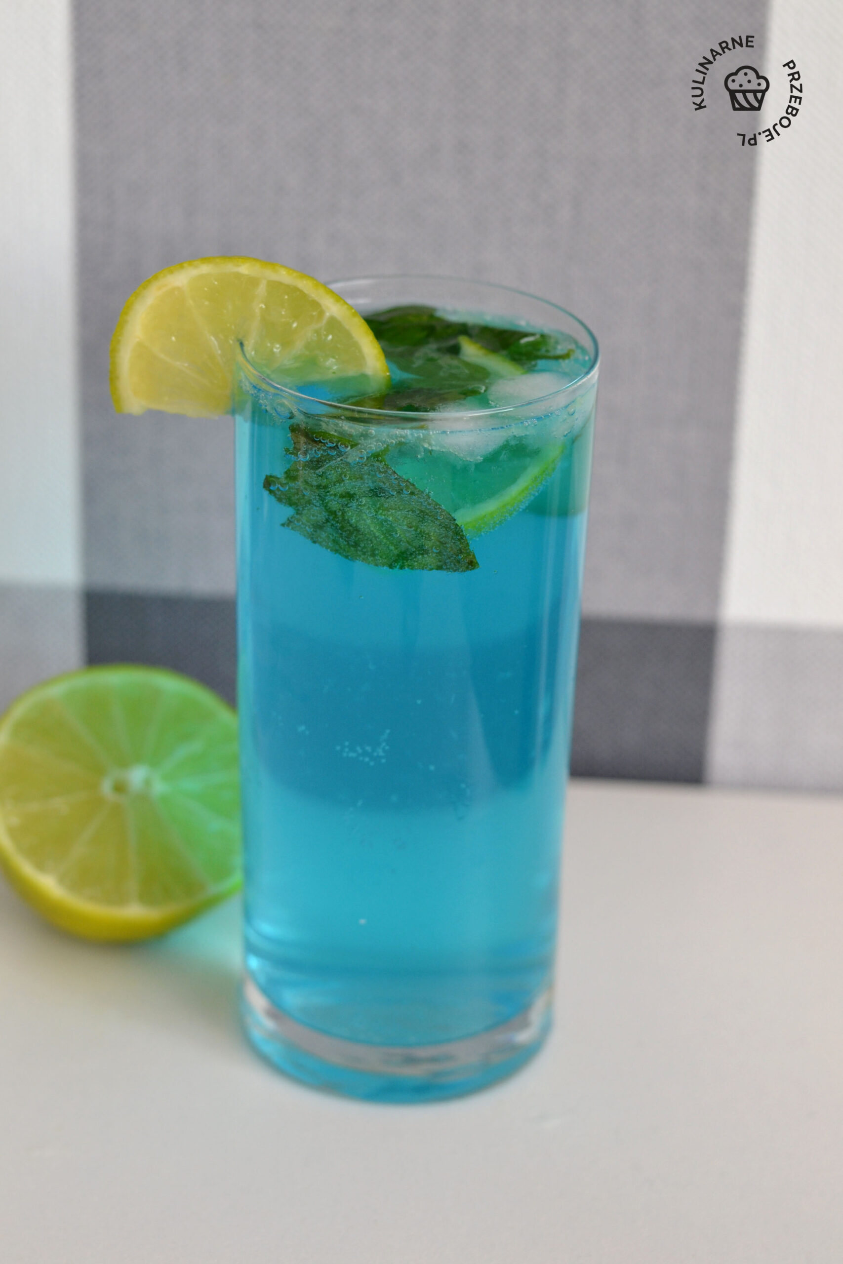 drink blue mohito